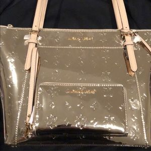 Michael kors metallic gold bag and wallet